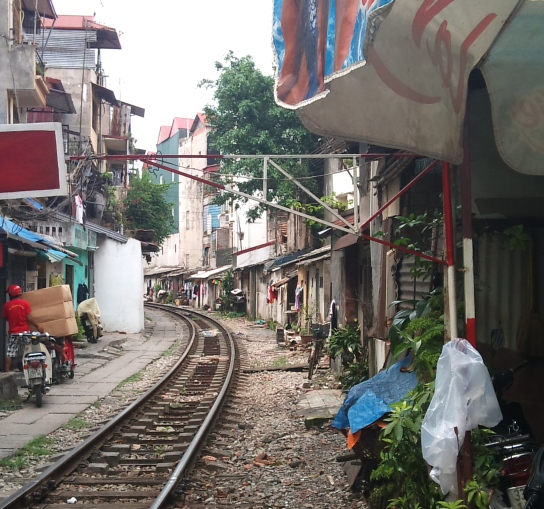 Hanoi through train!